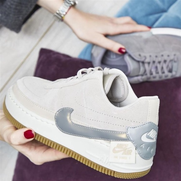 Nike woman Air Force 1 Jester NWT
